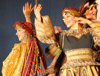 Syrian dancers images